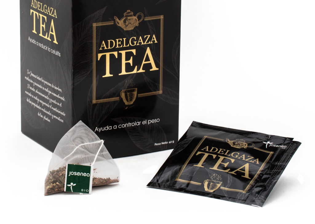 Caja, pirámides y sobres de Adelgaza Tea